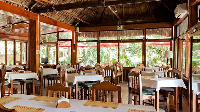 Best_Hotels_to_Stay_near_Tikal,_Guatemala_Davidsbeenhere