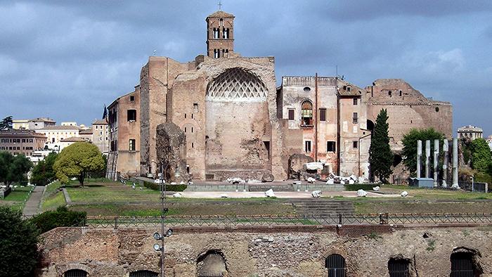 Roman_Ruins_of_Rome_Italy_Europe_Davidsbeenhere15