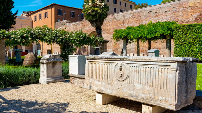 Roman_Ruins_of_Rome_Italy_Europe_Davidsbeenhere2