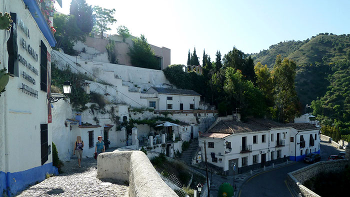 Top_13_Things_to_Do_in_Granada_Andalusia_Spain_Europe_Davidsbeenhere55