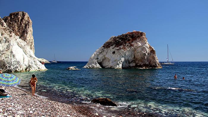 Top_6_Beaches_in_Santorini_Greece_Europe_Davidsbeenhere3