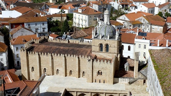 What_to_See_and_Eat_in_Coimbra_Portugal_Davidsbeenhere9