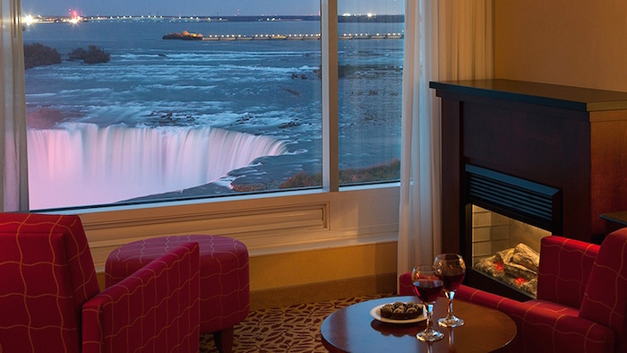 room_with_a_view_niagara_falls-cropped