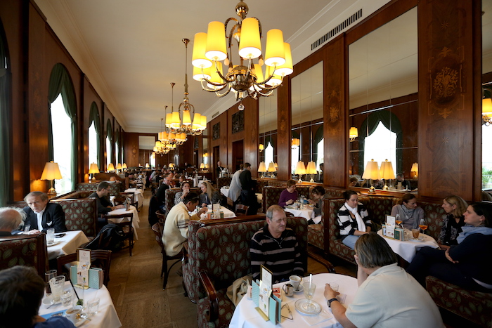 5_cafes_you_should_visit_in_vienna_austria_europe_davidsbeenhere4